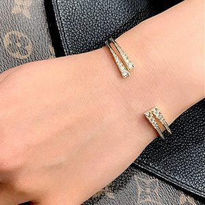 Henri Bendel Simple Zircon Opening Bracelet